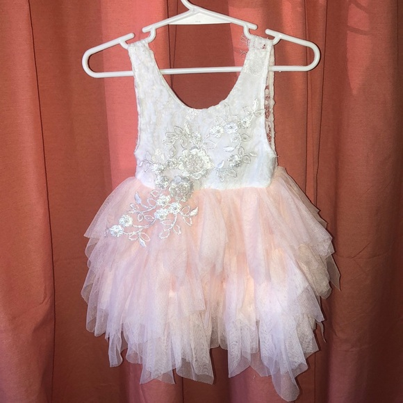 84347f9b6d0 Adorable Alicia Flower Girl Dress. M 5b152fac34a4ef04477d055f